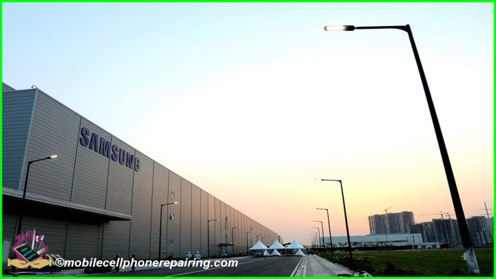 Samsung World's Largest Mobile Phone Manufacturing Factory in Noida, India
