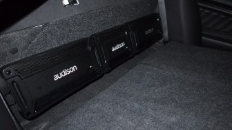 ford taurus audio upgrade steals the sho audison amps and all wiring mounted securely to steel amp rack