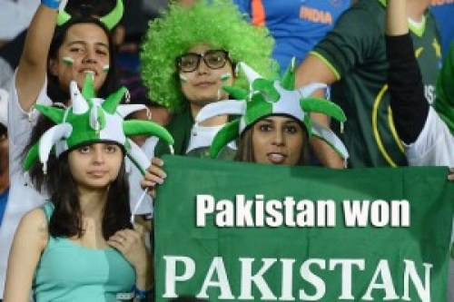 Pakistani Fans Cricket