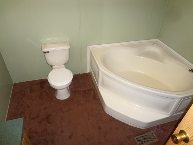 Transform That Old Garden Tub To The Ultimate Standing