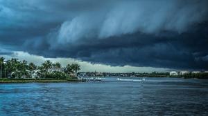 Storm approaching Florida land