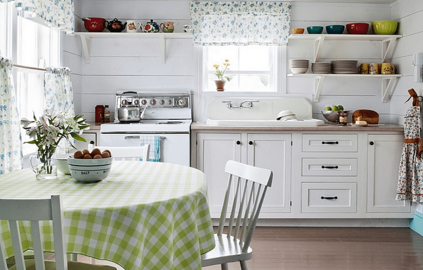 Country themed decorated kitchen
