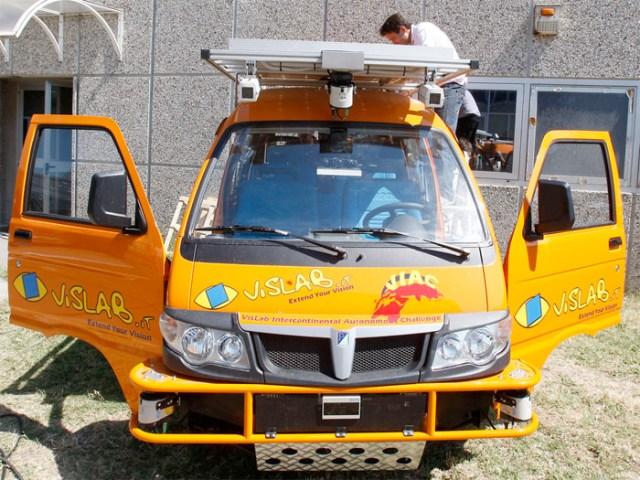 Driverless car (van, whatever) to navigate 8,000 miles