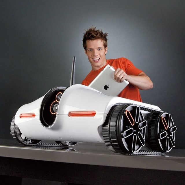 Rover-app-controlled-tank