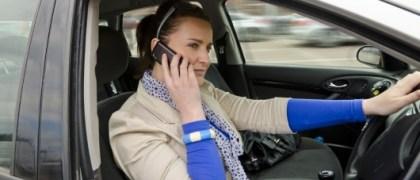phone-driving