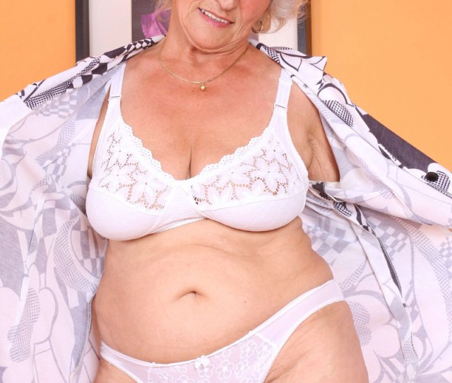 Check Out Sex Starved Granny Betty As She Shows Us Her Seasoned Juice Box And Pleasures