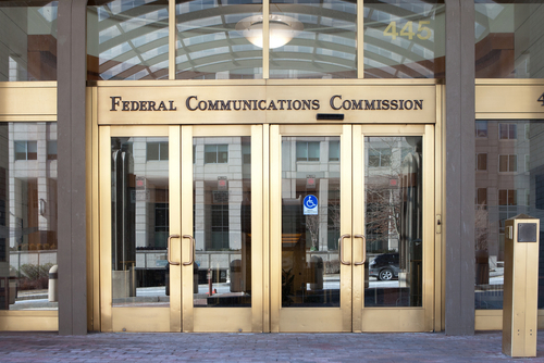 FCC clears 3.5GHz deployments