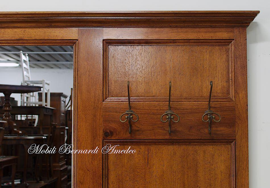I mobili per ingresso classici rendono caldo e confortevole l'ambiente qualunque sia la sua dimensione: Mobile Appendiabiti Da Entrata Mobili Da Entrata
