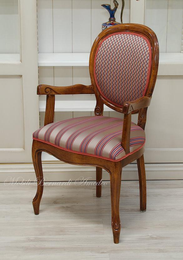 Questi tessuti stampati sono ideali per conferire carattere ed esclusività a sedie, sgabelli e a qualsiasi imbottito in genere. Tessuti E Rivestimenti Per Sedie Sedie Poltroncine Divanetti
