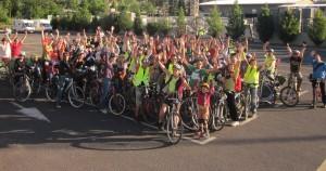 80 cyclistes sur 4 places du parking du Quattro