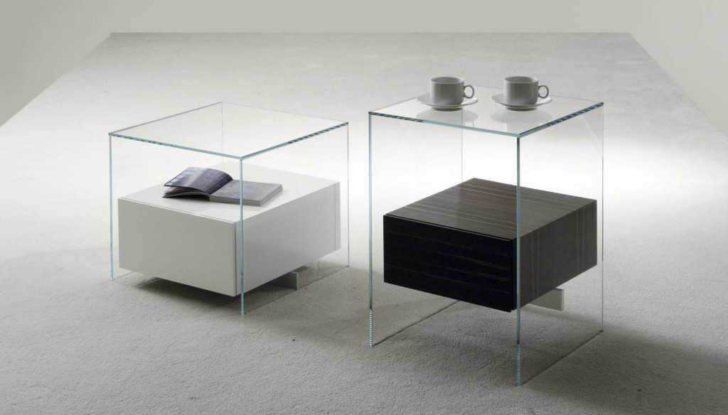 Table De Chevet Design En Verre