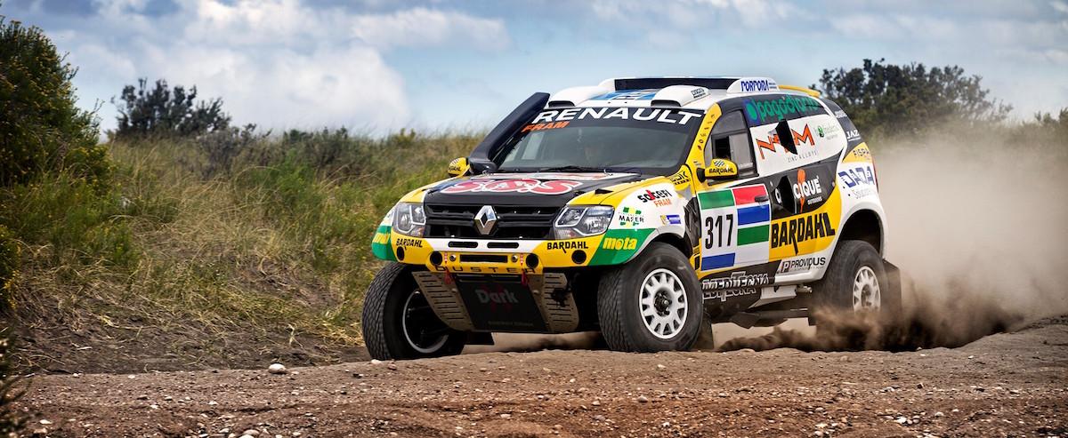 Un renault Duster sur le Dakar 2016