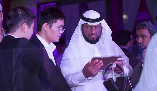 Huawei Dubai 012016-28