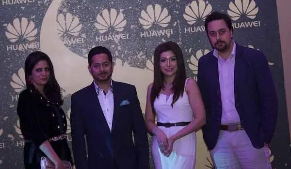 Huawei Dubai 012016-30