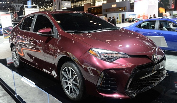 2017-Toyota-Corolla-Special-Edition (1)