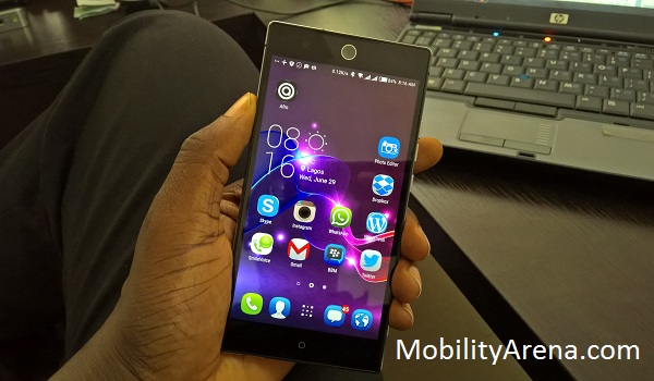 TECNO Camon C9 Review - in hand