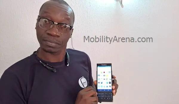 BlackBerry Priv charging hand open