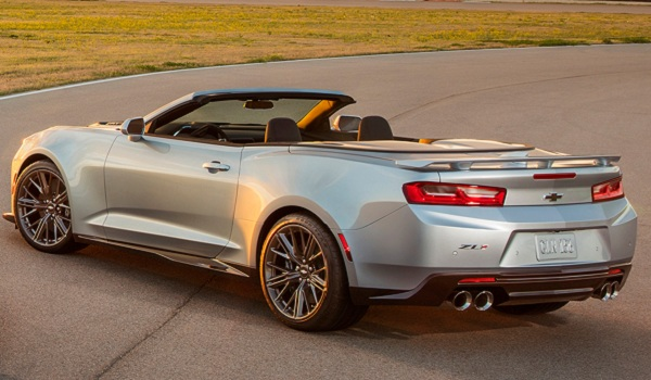 2017 Chevrolet Camaro ZL1 Convertible rear-side-view