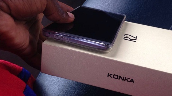 konka-r2-review-with-box