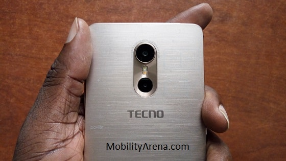 tecno-phantom-6-in-hand-rear-cameras-min