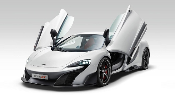 MacLaren 675LT -supercar-doors-open