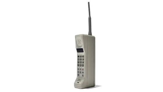 the ancestor of mobile phones - Motorola DynaTac