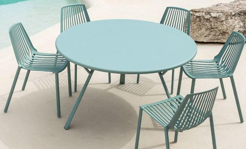 Scopri la vendita set tavoli e sedie da giardino dal design unico per rinnovare i tuoi spazi outdoor e creare accoglienti location da vivere e condividere. Tavoli E Sedie Da Giardino Mobili Zanni Arredamenti Brescia Vobarno