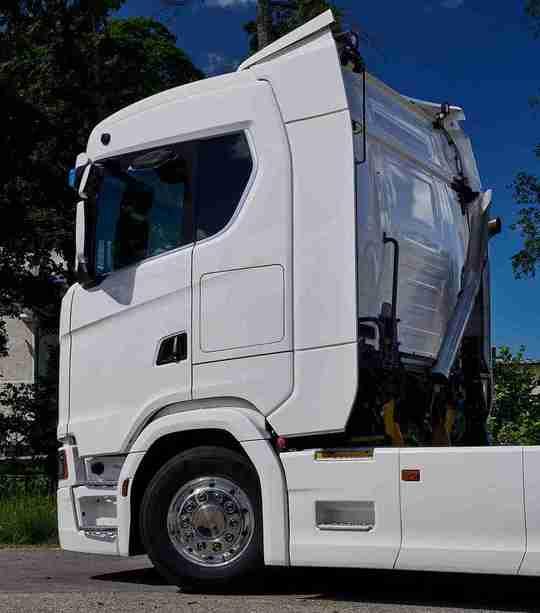 Scania с нови R и S кабини