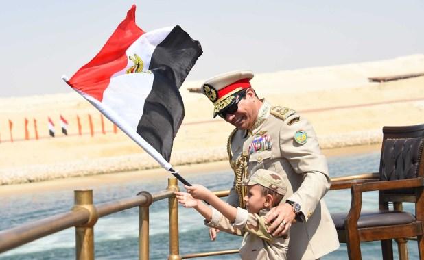 الرئيس السيسى خلال افتتاح قناة السويس الجديدة