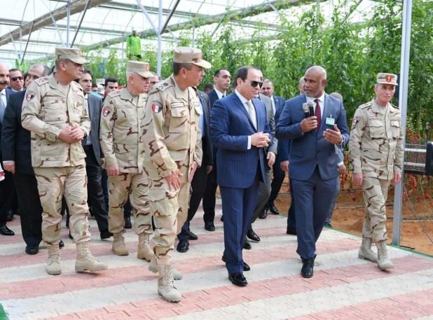 الرئيس السيسى يفتتح مشروع الصوب الزراعية