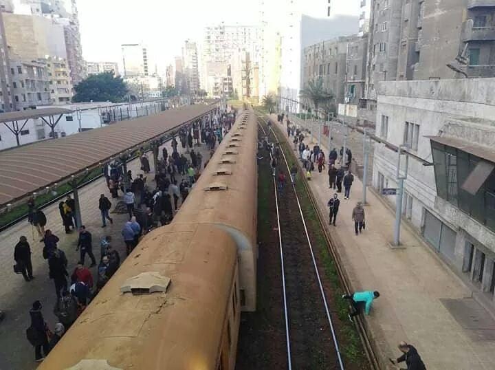 خروج قطار عن القضبان بالإسكندرية