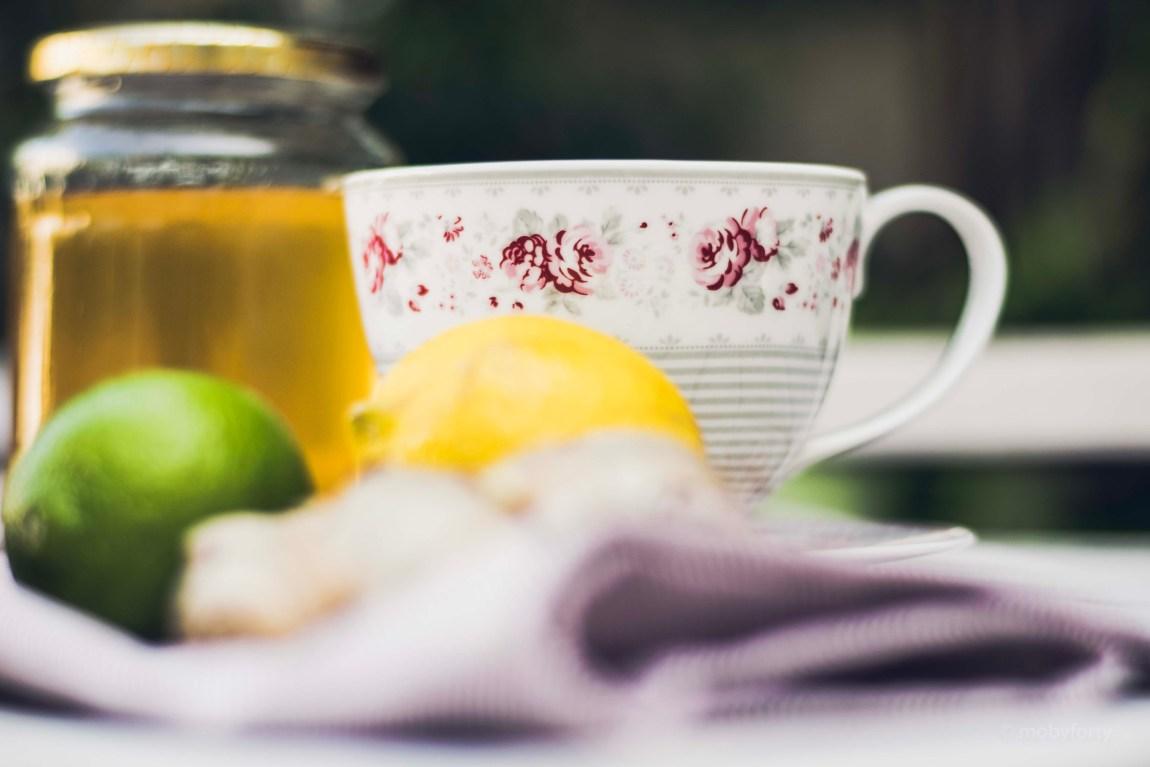 Zutaten zu Ingwer Limetten/Zitronen Tee