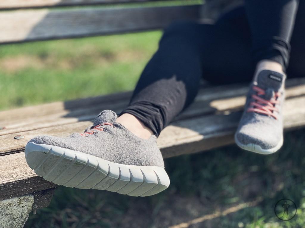 Draußen in der Natur zu entspannen hilf bei der Stressbewältigung. Mehr nachzulesen unter www.mobyforty.com
