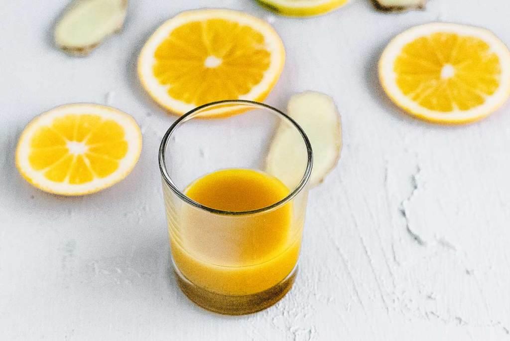 Ein Gläschen Ginger Shot als Wohltat in der kalten Jahreszeit