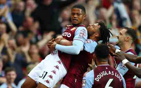 Dean Smith provides injury update on key pair ahead of Aston Villa's clash with Arsenal
