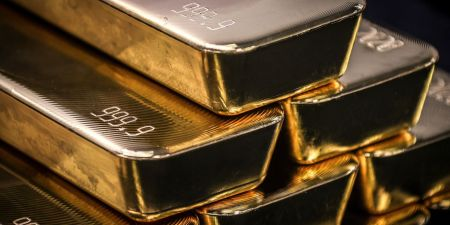 Gold Is Bottoming Out. Why You Shouldn't Buy It Yet.