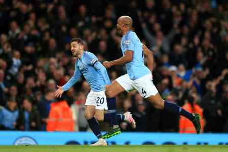 Pep Guardiola reveals Vincent Kompany role in latest Manchester City win
