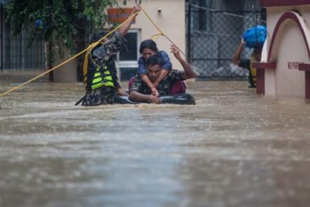 48 killed, 31 missing in Nepal floods and landslides | बाढ़ और भूस्खलन से 48 की मौत, 31 लापता