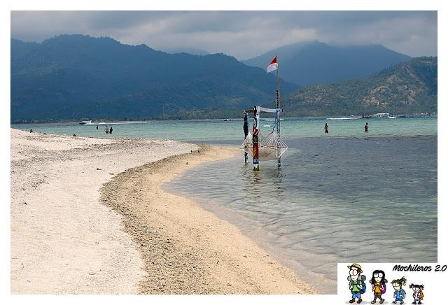 tumbona-agua-gili-air