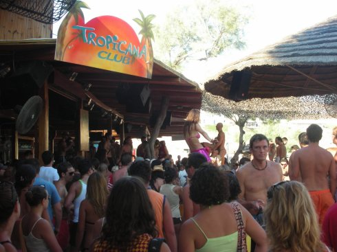 Mykonos island party at paradise beach