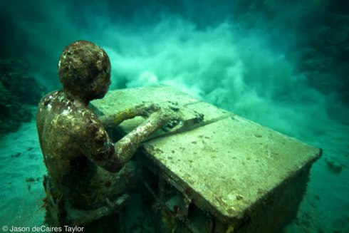 Mexico underwater park in cancun by Jason deCaires Taylor