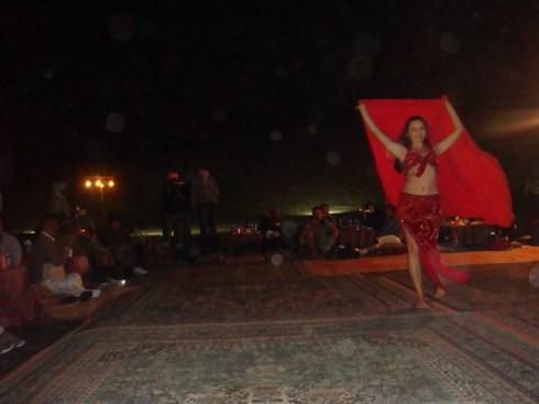 Desert safari Dubai belly dancing