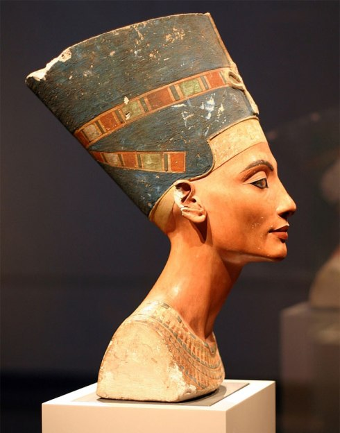 world's most popular statues The Egyptian Museum of Berlin, Germany