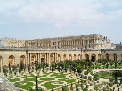 Top 10 Incredible Palaces