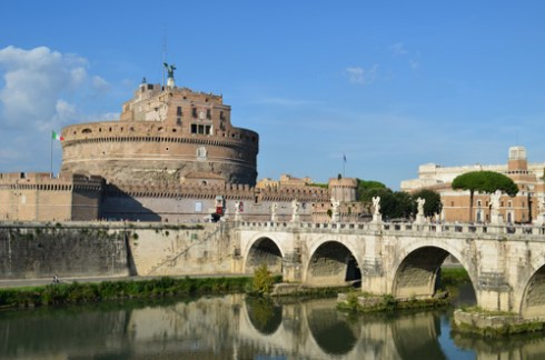 about Rome monuments