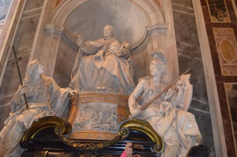 Rome_St._Peter's_Basilica_Vatican_City11