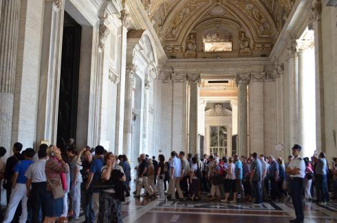 Rome_St._Peter's_Basilica_Vatican_City14