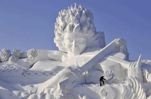 Sapporo_Snow_and_Ice_Festival15