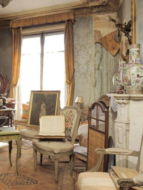 Madame de Florian's apartment untouched for 68 years 7