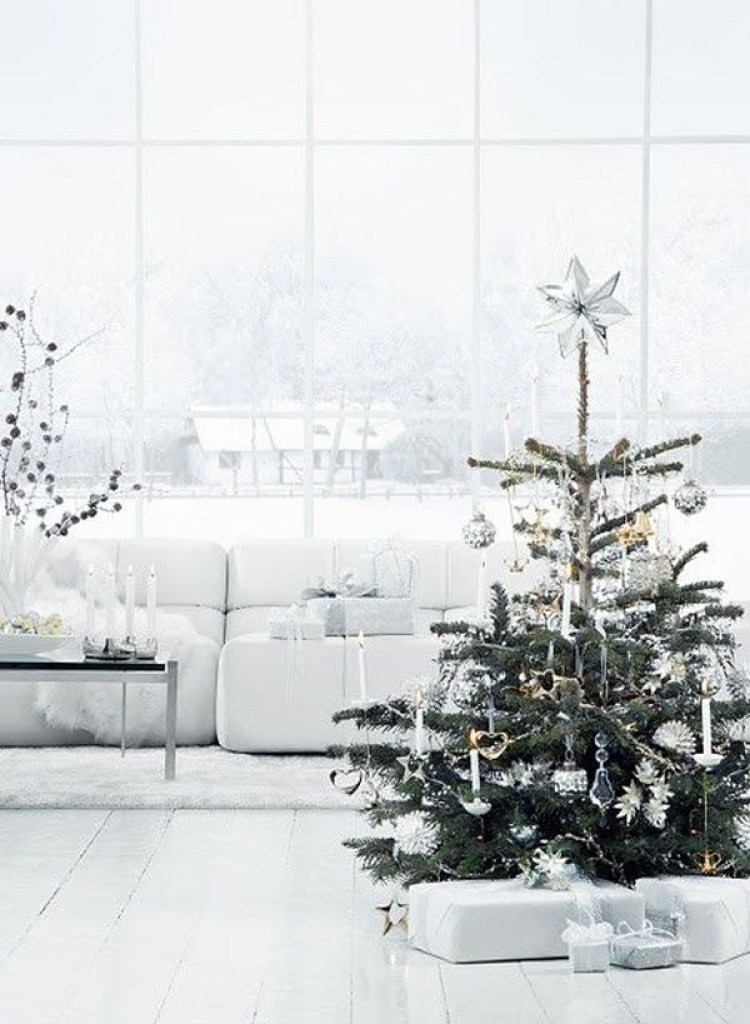 creative white christmas decoration 9